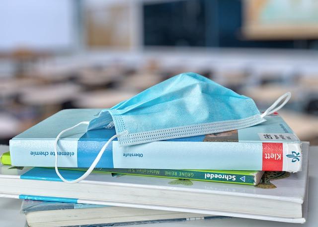 Bibliothek im Pandemiebetrieb? Wie Sie Dank biblino trotzdem Kontakt zu Ihrer Leserschaft halten und Medien über Click & Collect verleihen können